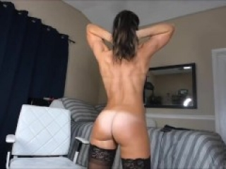 Fit Webcam Girl Flexing