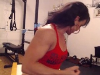 Webcam sexy muscular milf