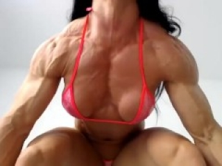 sexy fbb muscle girl flexing on webcam