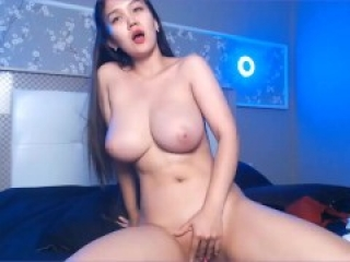 Hot Natural Perky Boobs Asian model Hee_Youn orgasms in Chaturbate Webcam Show while masturbating