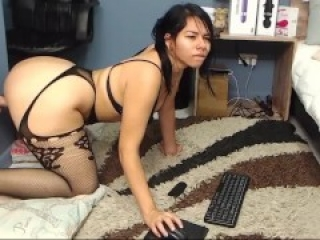 MY LATINA MILF WEBCAM BOOTY OBSESSION INSTANT ERECTION 07